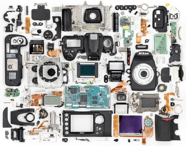 Nikon-D700-dezmembrat