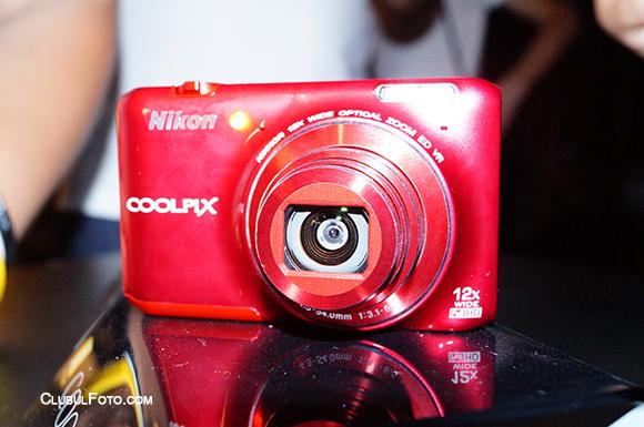 Nikon S6400