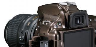 Nikon D5200 cu adaptorul wireless