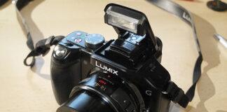 Panasonic G5 cu obiectiv Lumix G 14-42mm f/3.5-5.6 ASPH Power O.I.S