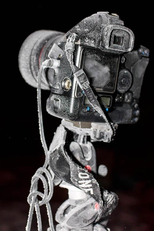 Canon 1D mark III pe trepiedul Manfrotto la -25 de grade