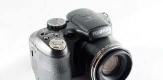 Fujifilm S2980 - bridge cu zoom 18x, in test