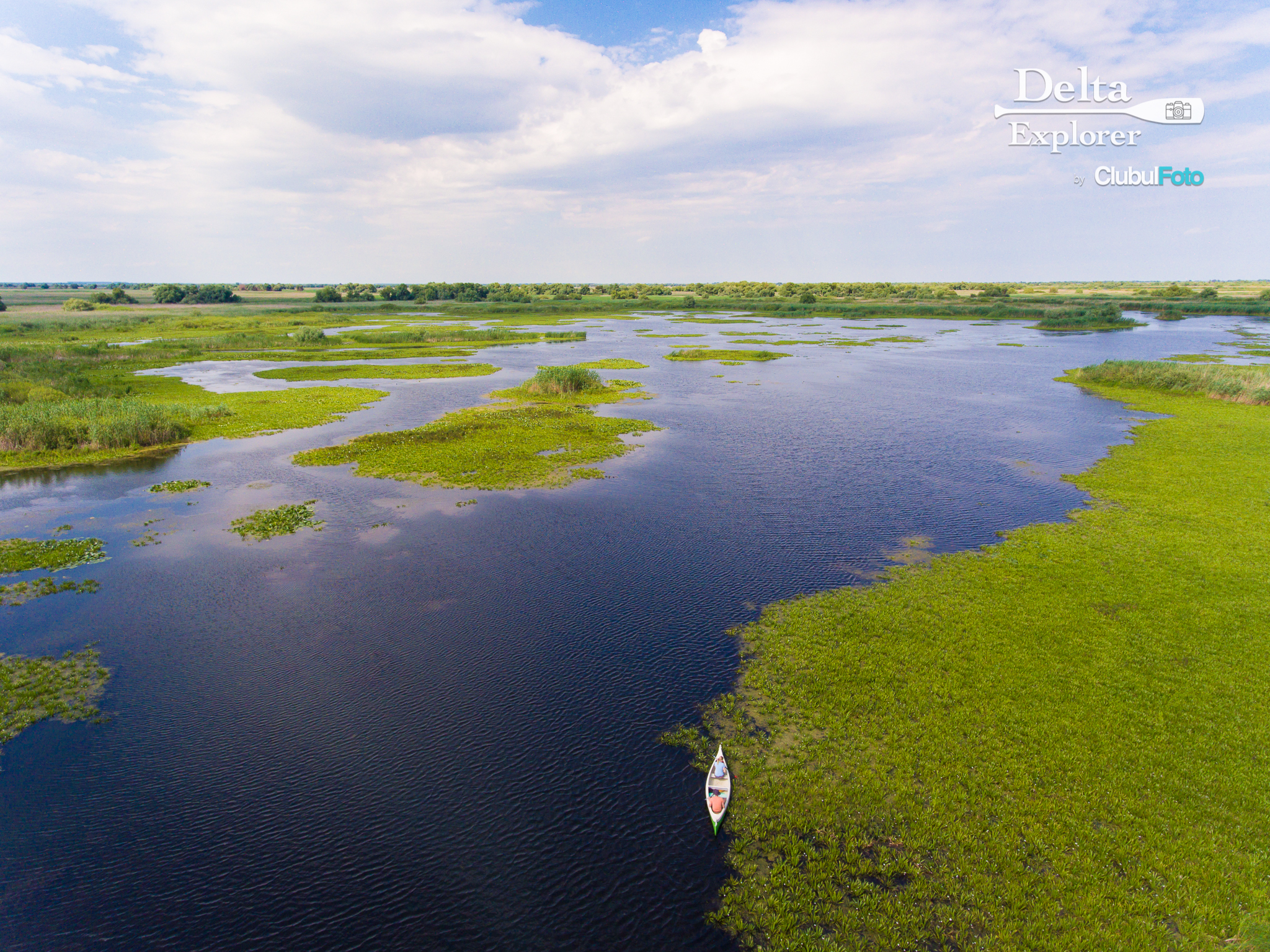 Cu canoe in Delta Dunarii
