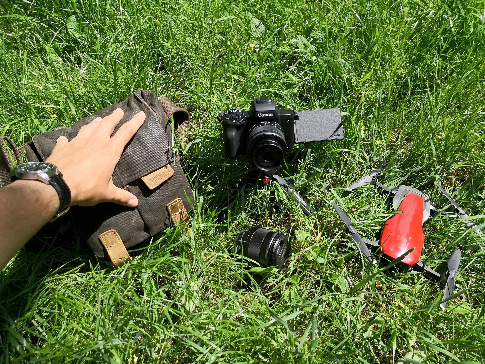 Kitul de Calatorie Canon-EOS-M50