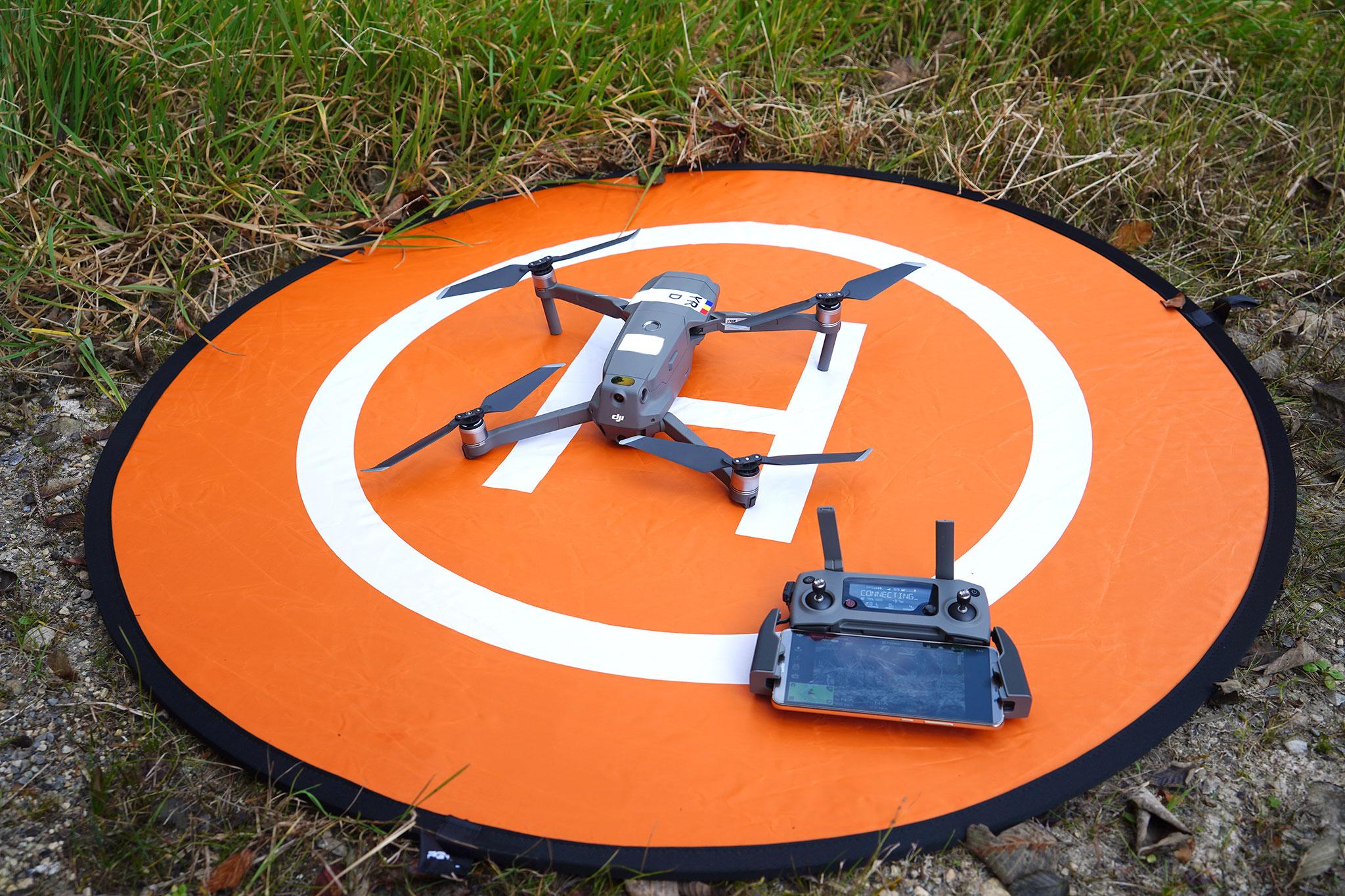 Landing pad-ul pentru drone, util mai ales in cazul dronelor cu tren de aterizare jos, cum e Mavic 1 si 2